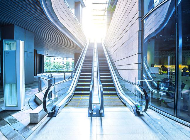 Rolltreppe – Fahrsteige